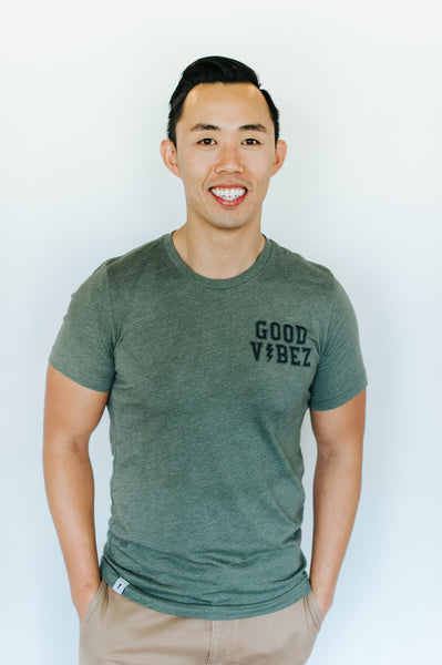 men's heather military green well loved tee, good vibez