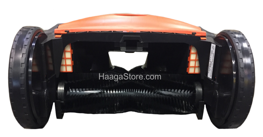 HAAGA 697 iSweep ACCU Sweeper rear middle brush close-up view