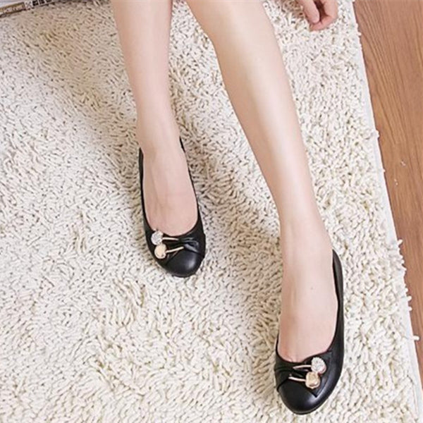 Fashion Bigger size (4 -15) Faux Diamond Round toe platform driving shoes