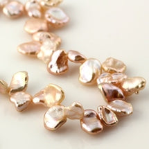 Joopy Gems Keshi pearls pale pink top-drilled 5-6mm - full strand