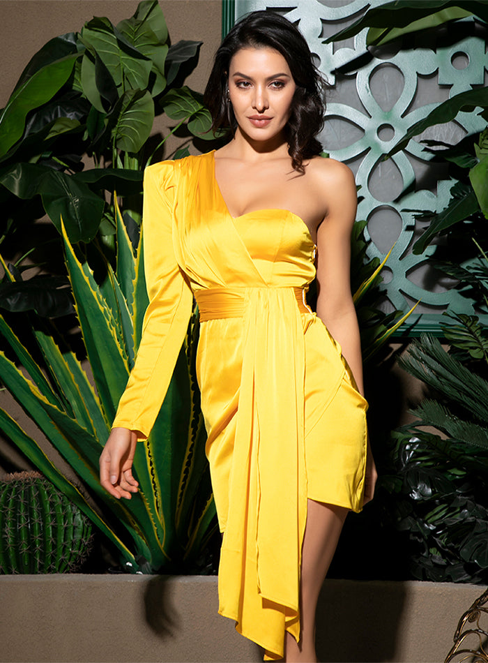 LOVE&LEMONADE Sexy Yellow One-Shoulder Puff Sleeve Ribbon Decoration Bodycon Party Dress LM81825 Autumn/Winter