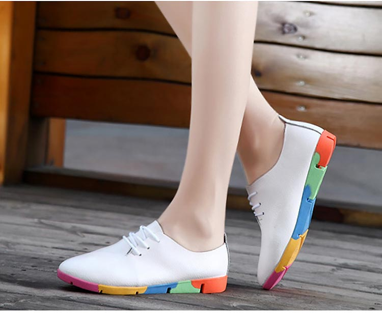 New Breathable Genuine Leather Flats Shoes Woman Sneakers Tenis Feminino Nurse Peas Flats Shoes Plus Size Women Shoes