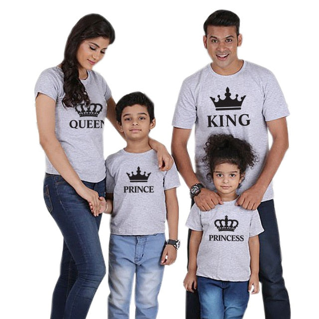 Family Matching Clothes Outfits Look Father Mother Daughter Son Crown Tshirt Clothing Daddy Mommy And Me Baby Dresses King Queen - Sheseelady