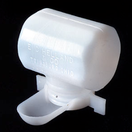 HELLAND LIQUID BAIT DISPENSER