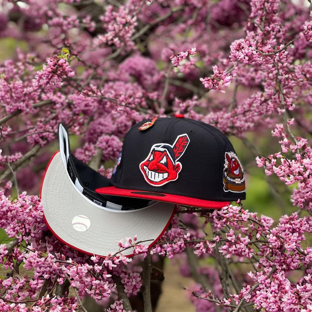 Chief Wahoo Fitted Hats