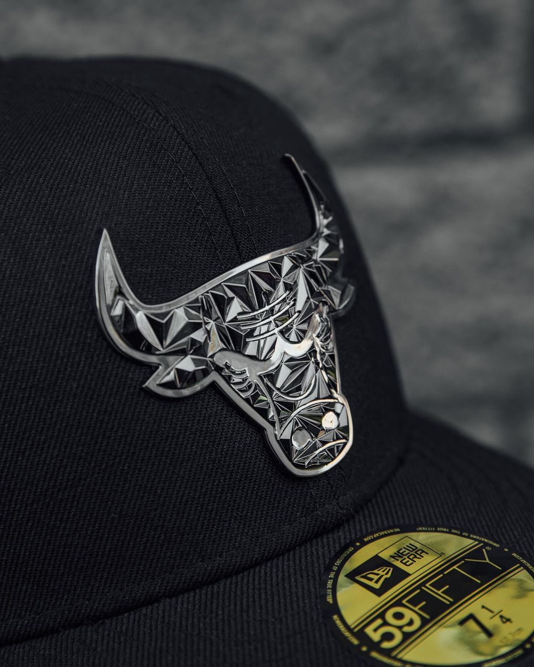 Black & Grey Chicago Bulls Fitted Hat