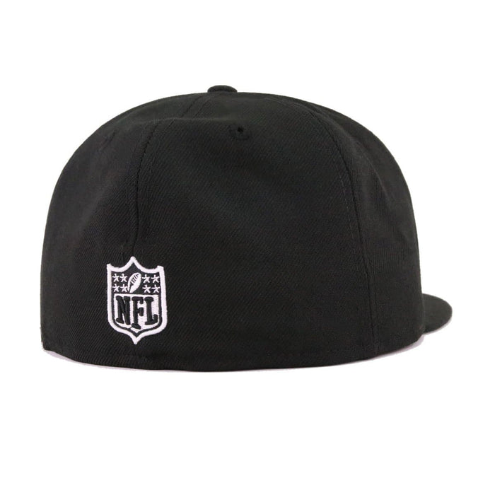 New Era Oakland Raiders Metal Badge 59Fifty Fitted Hat
