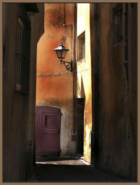 34761_FN1_- titled 'Siena Alley II' by artist Jim Chamberlain - Wall Art Print on Textured Fine Art Canvas or Paper - Digital Giclee reproduction of art painting. Red Sky Art is India's Online Art Gallery for Home Decor - 761_TR8930