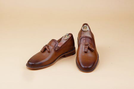 Two tone Tan Tassel Loafer