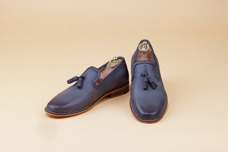 Two tone grey Tassel loafer