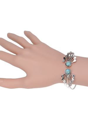 Zoey Vintage Flower Bangle