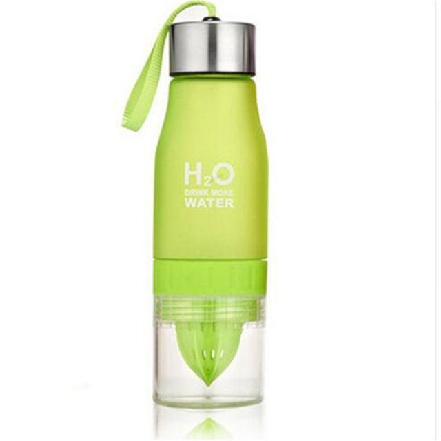 Portable Sports Fruit Juice Water Bottle Infuser Shaker