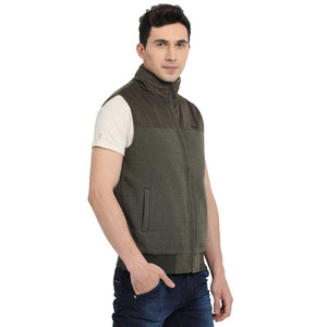 t-base beige sleeveless padded jacket