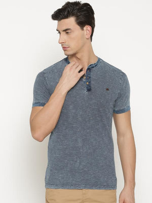 t-base Men's Blue Henley Neck Solid T-Shirt