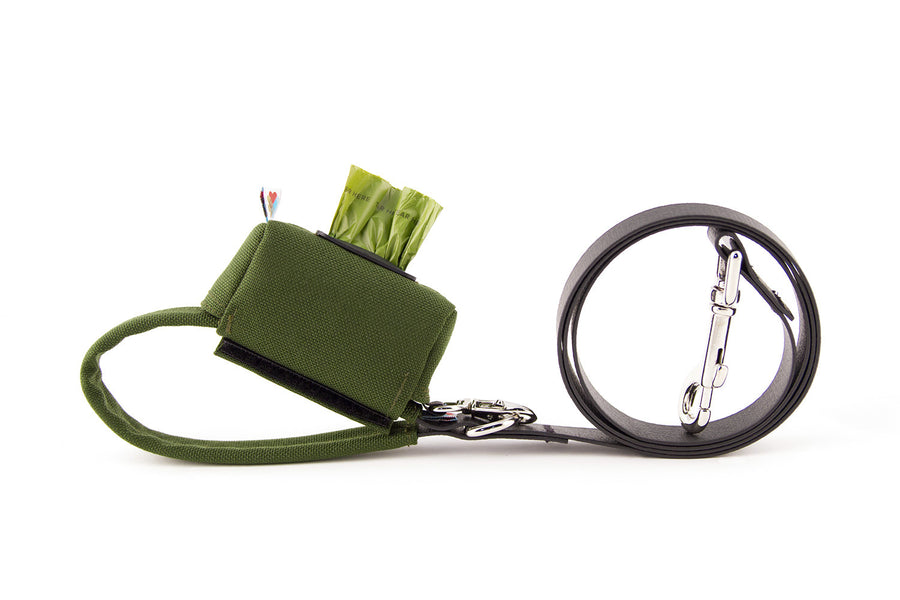 POO BAG HOLDER | Funston Dog Baggie Olive