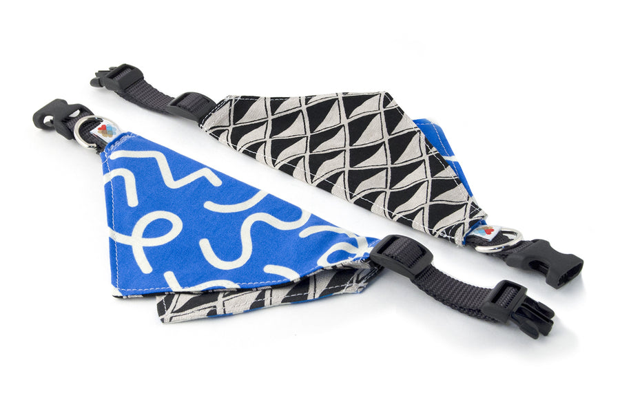 REVERSIBLE BANDANA COLLAR | Squiggly/Blue