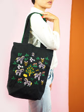 Botticelli Ponies Tote (Midnight Black)