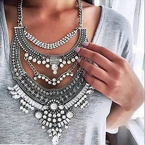 Multilayer Pendant Statement Chain
