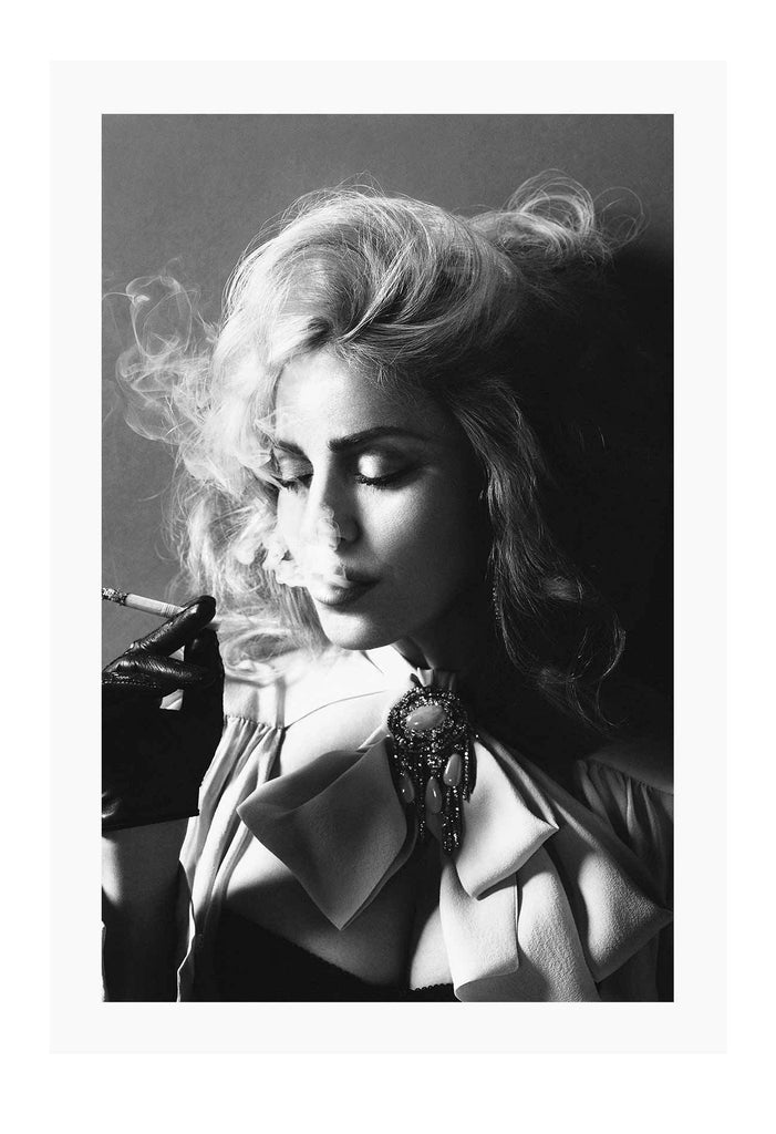 Madonna Smoking Black And White 90S Music Icon Pop Music Print Wall Print Framed Art Poster Image Online Photo Painting