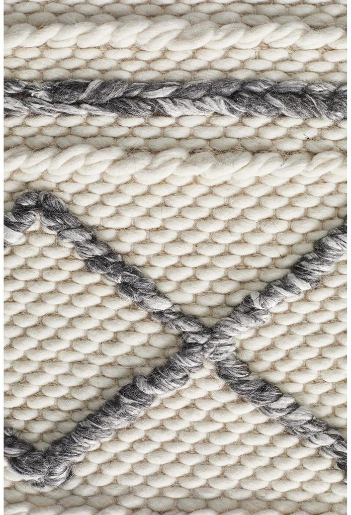 Sudi Milly Textured Woollen Rug White Grey