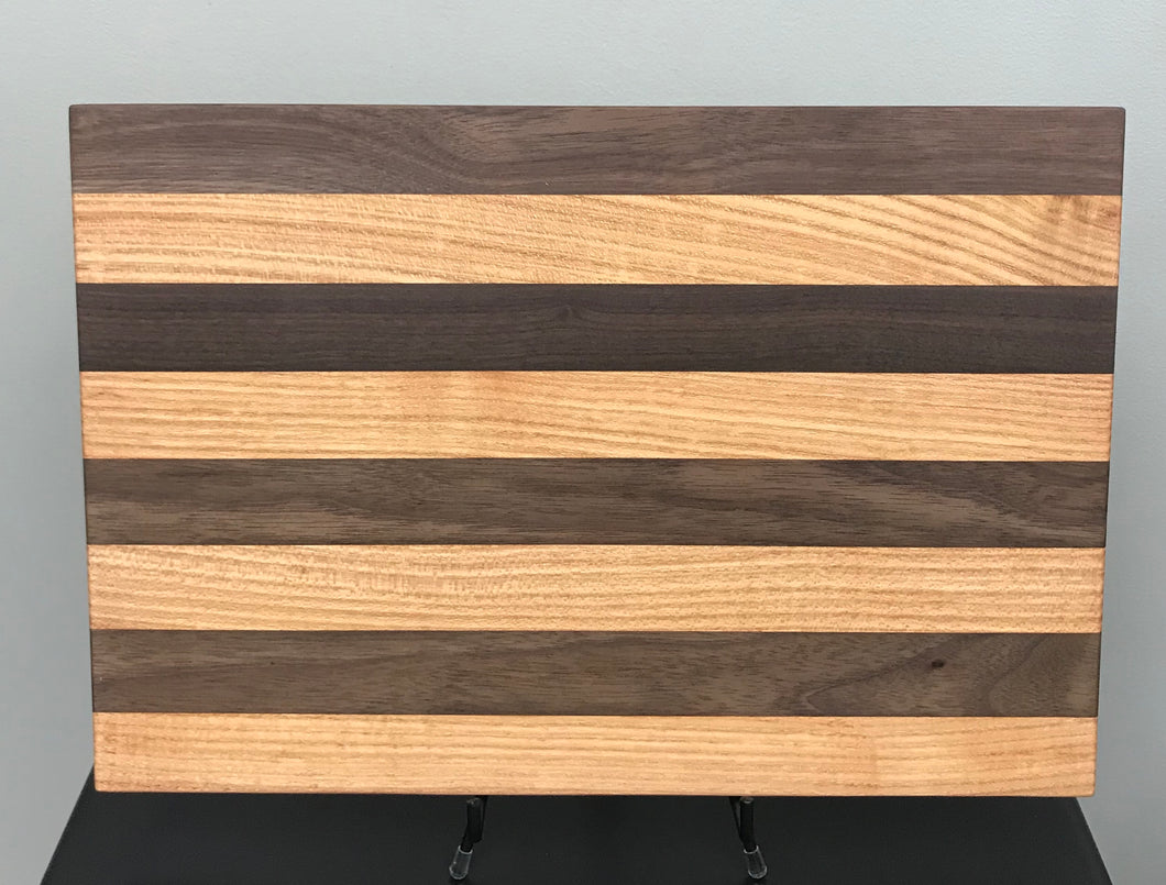 Wood Cutting Board - Medium 5/8