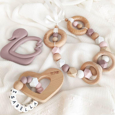 Scandi Pram Garland Dusty Mauve
