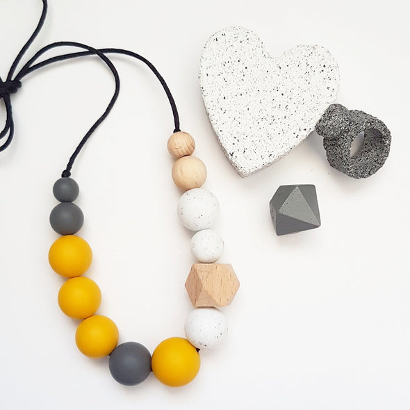 Indi Necklace Mustard Granite