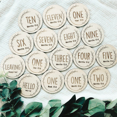 Timber Tinkers Classic Wreath Milestone Wood Discs