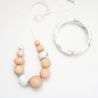 Sian Necklace Peach