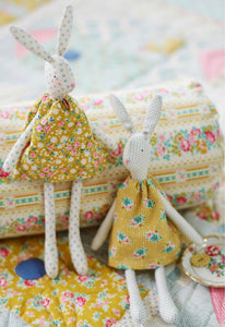 Easter Bunny Apple Butter Sewing Kit