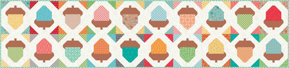 Pre-Order Autumn Love Acorn Table Runner Kit