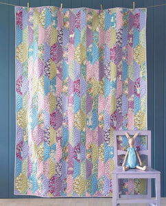 PRE-ORDER Foliage Lilac/ Teal Quilt Kit