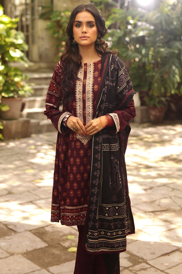 LSM Fabrics Dareechay Embroidered Collection'19 RE-8804 B