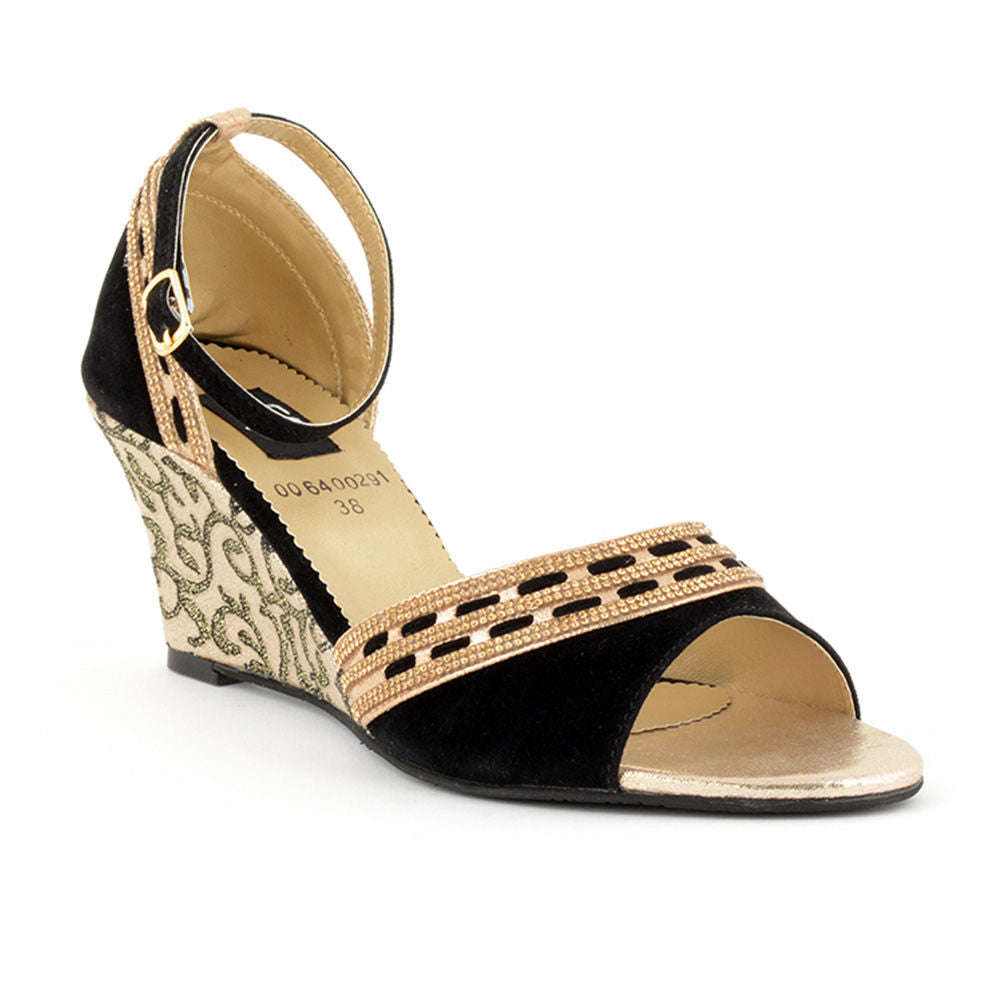 7a60db7e634f7 ECS Summer-2018 Black Golden Fancy Sandal