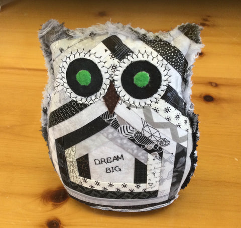Quilted Owl 8 1/2 inches
