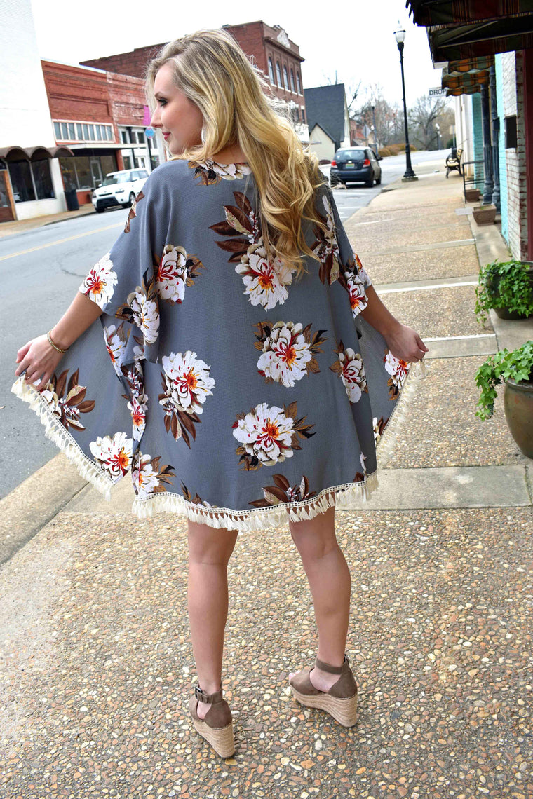 Summer Breeze,  Kimono Cardigan - Floral Print - Amarello Boutique