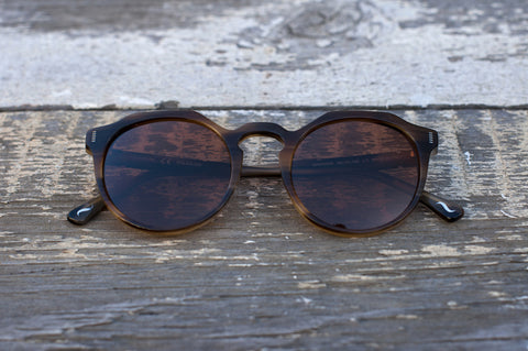 Granada in Toffee - polarized