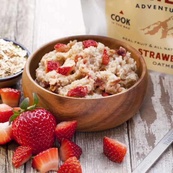 Trailtopia Strawberry Oatmeal