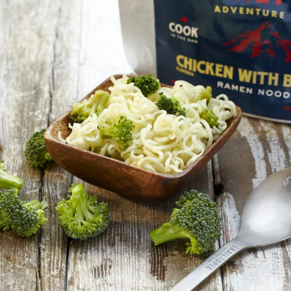 Trailtopia Ramen Noodles Chicken flavored with Broccoli