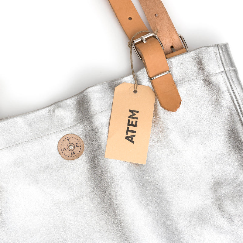 Atem Silver Leather Bag Lea Detail