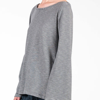 Jan 'n June Widesleeve Top Sila