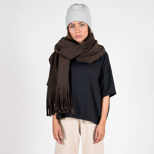 Jan 'n june Fleece Scarf Manon mocca outfit
