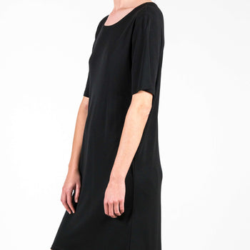 T-Shirt Dress Iris Flow Black