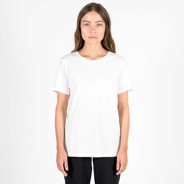 Phyne The White Round Neck