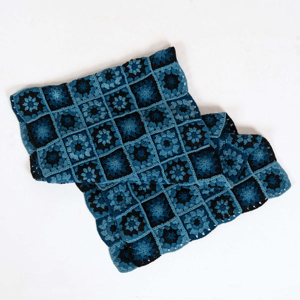 Piece Scarf Dark Trip