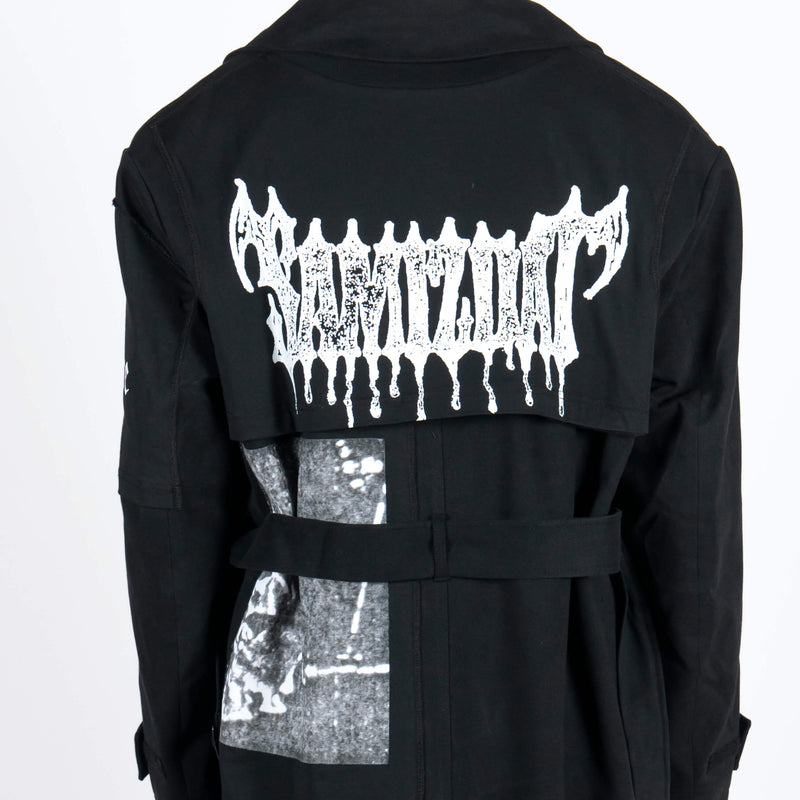 Yang Li x Samizdat Patch Iconic Trench Detail