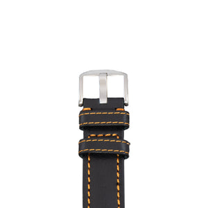 The buckle of this 22 mm Diefendorff leather strap, with black vegetable dyed leather and orange stitching.