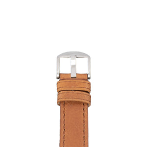 The buckle of this 22 mm vegetable dyed tan leather strap with brown / coffee stitching