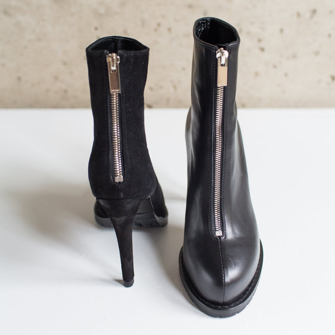 SACAI MISMATCHED BLACK ANKLE BOOT