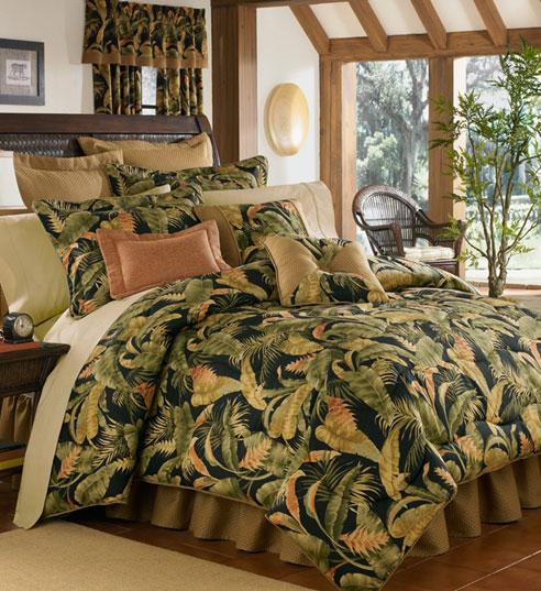 La Selva Black Duvet Cover